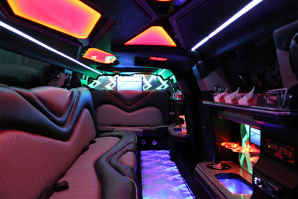 8 Person Chrysler 300 Limo Rental Fort Lauderdale